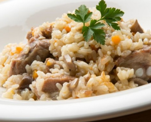 Sticky Iberian rice with mushrooms and vegetables