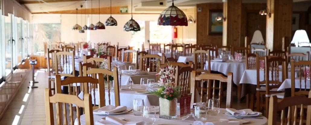 Scorching room Restaurant Graná located in El Campello, next to the beach of Muchavista