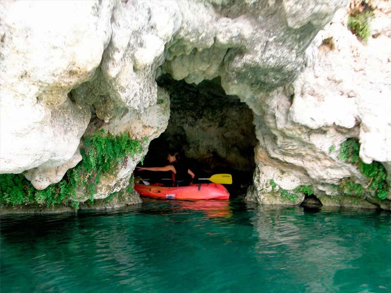 Una de las actividades más demandadas de las Lagunas de Ruideras, el Kayak