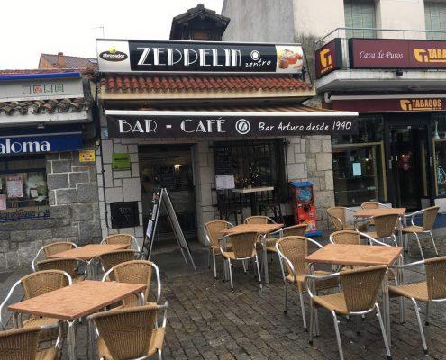 Restaurante Abrasador Zeppelin Zentro