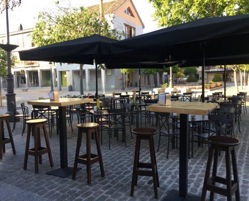 Scorching Zeppelin Restaurant Zentro