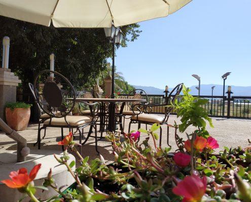Terraza restaurante Abrasador Sierra de Segura