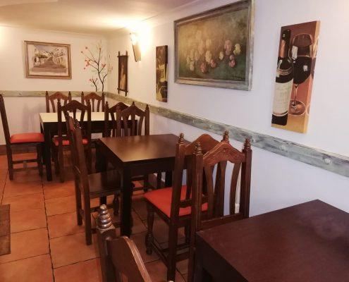 photo Scorching main dining Meson La Ronda