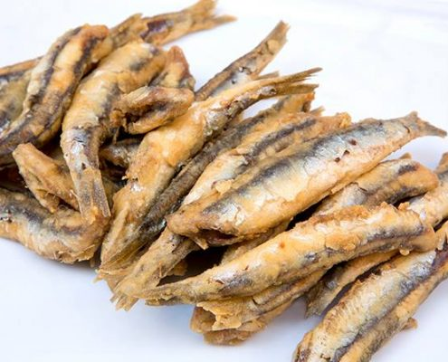 photo of a plate of fried Boqueron Andalusian