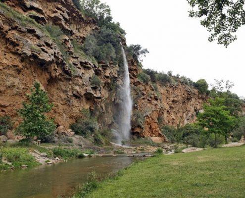 foto del paisaje del Salto de la novia en Navajas