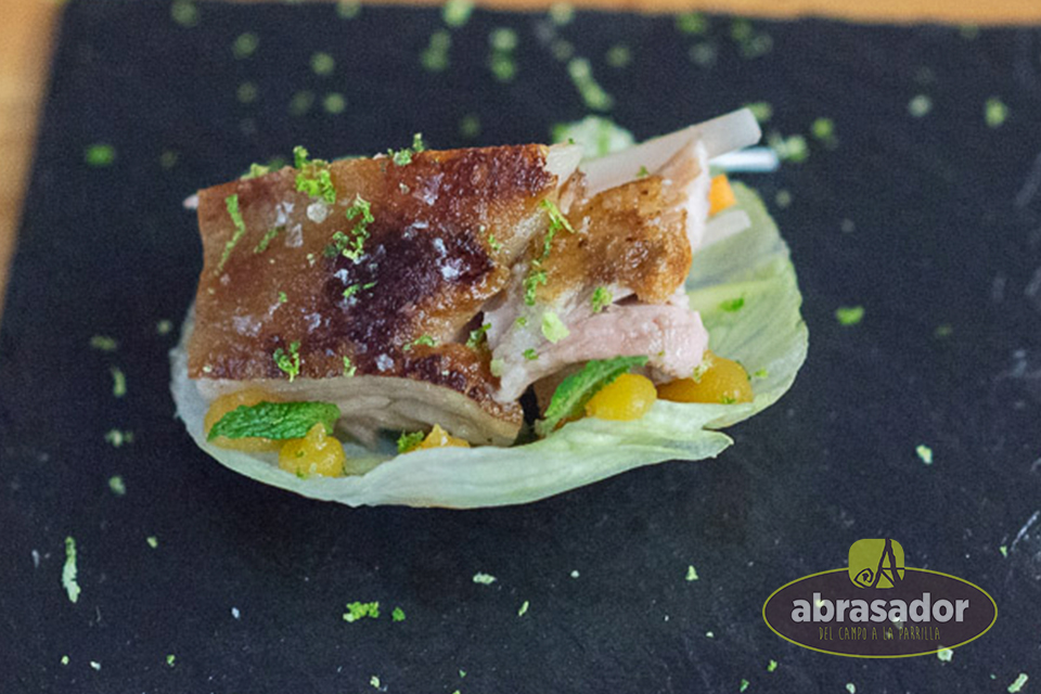 Piglet-Beijing-First-prize-contest-de-cuts-and-recipes-Abrasador-2018
