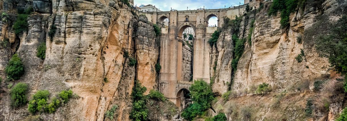 Imagen del puente Nuevo reformado