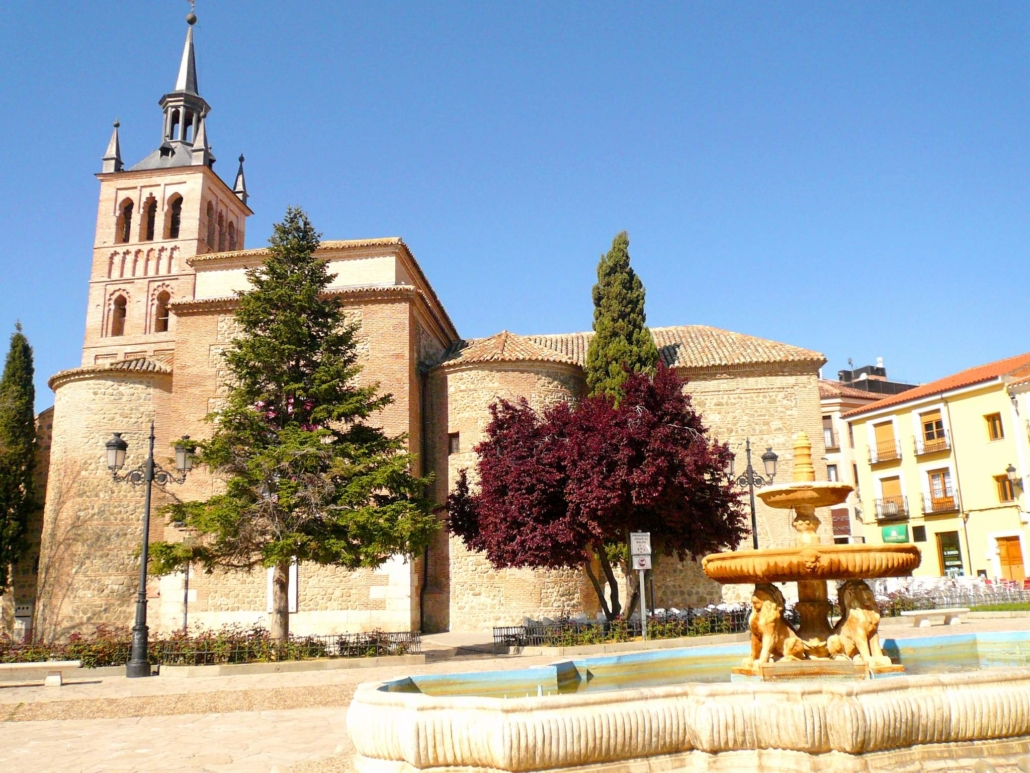 Church of Santa Maria and Fountain of Lions