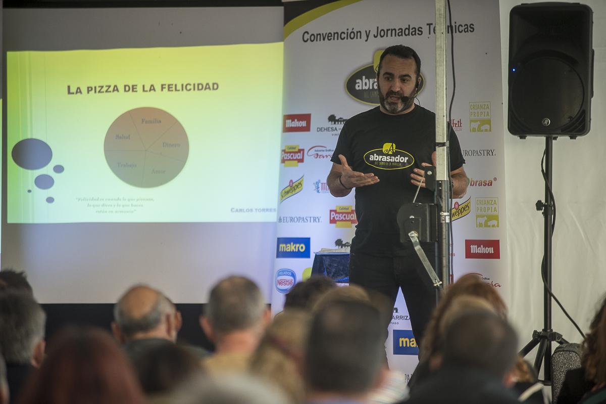 Carlos Torres chef ponente de la convencion anual abrasador