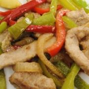 Tiritas de ternera con verduras