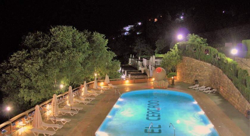 piscina berchules