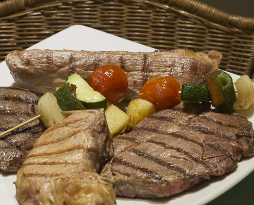 Scorching BBQ Restaurant supreme Las Lomas